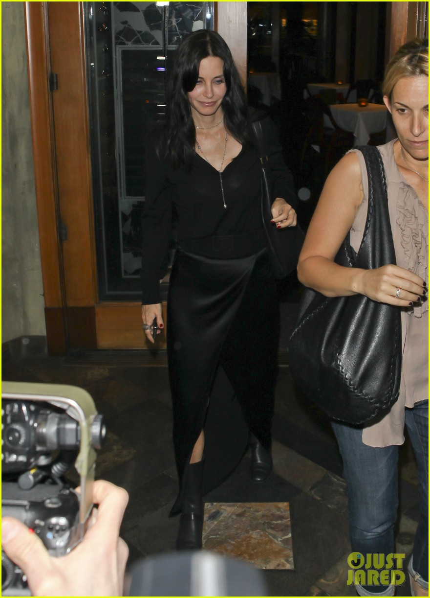 courteney cox out to dinner 05