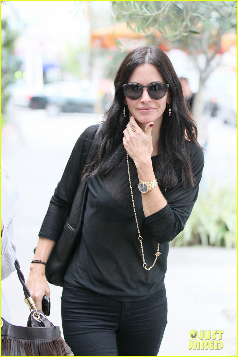 courteney cox lunch shopping friend 04