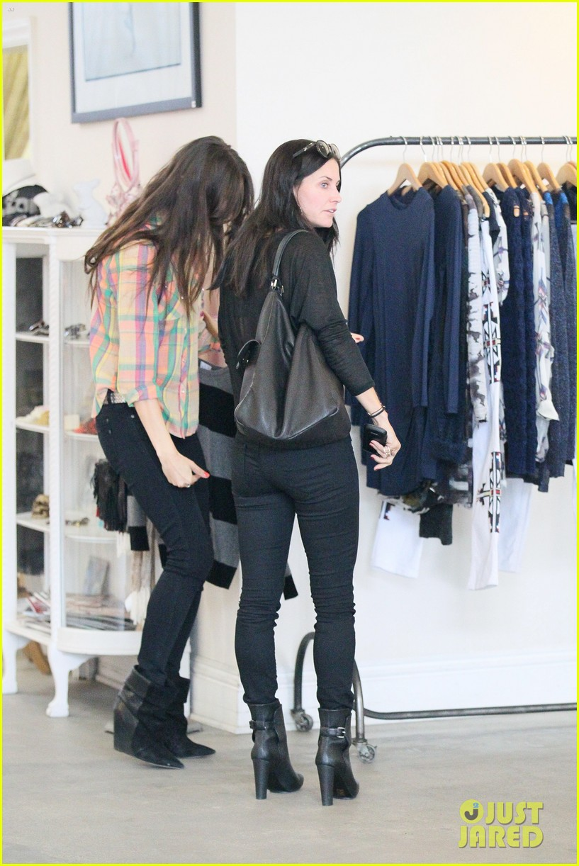 courteney cox lunch shopping friend 05