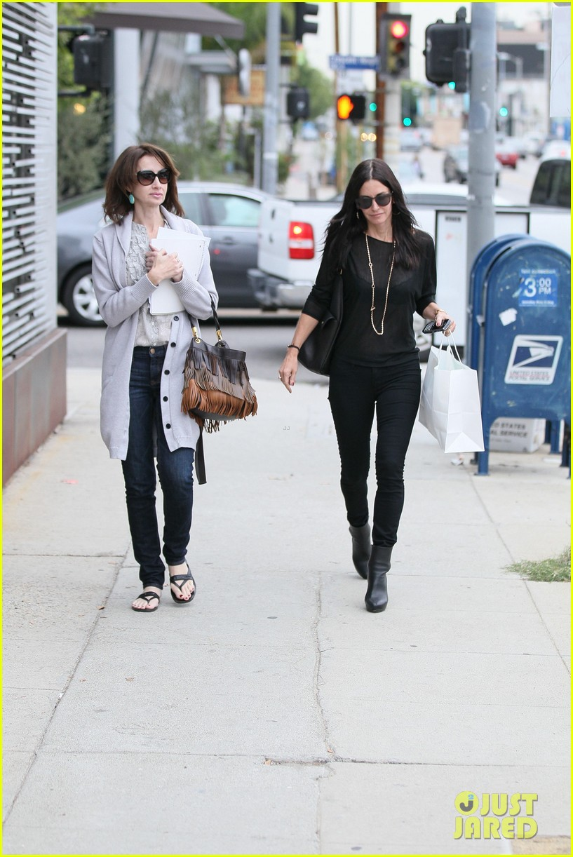 courteney cox lunch shopping friend 08