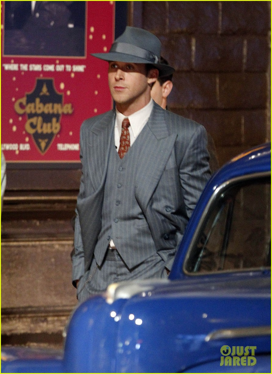 ryan gosling late night on gangster squad set 032605127