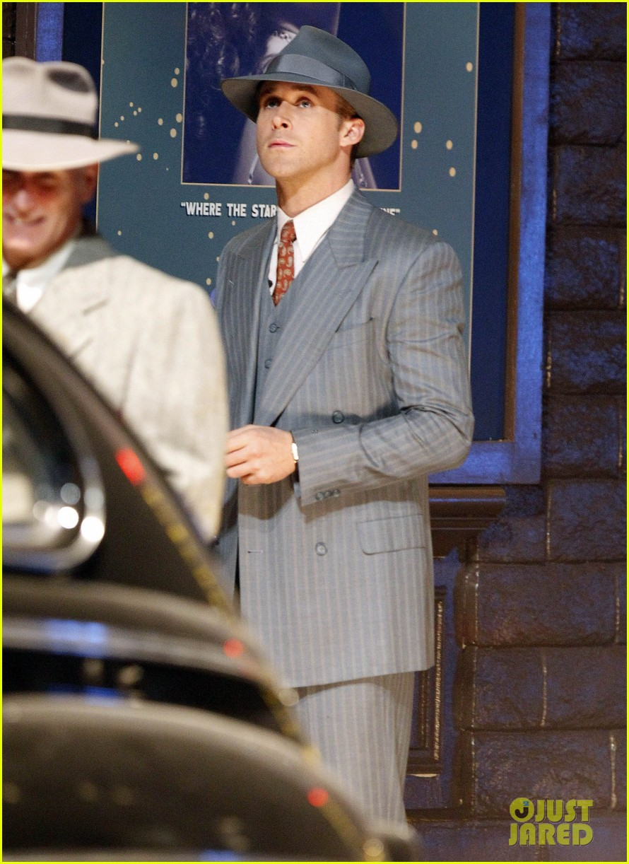 ryan gosling late night on gangster squad set 06