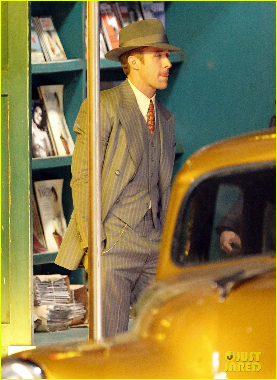ryan gosling late night on gangster squad set 11