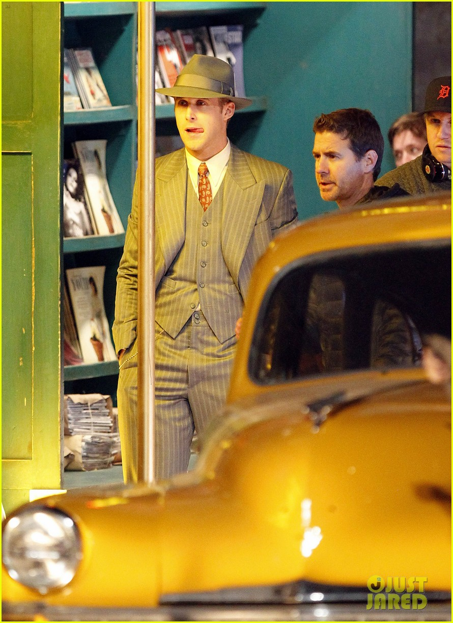 ryan gosling late night on gangster squad set 122605136