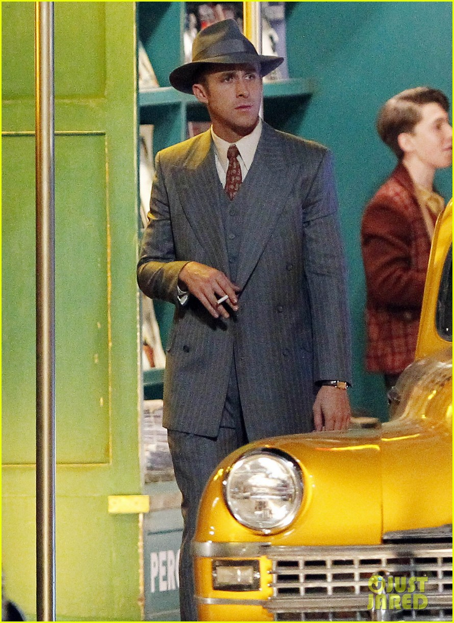 ryan gosling late night on gangster squad set 162605140