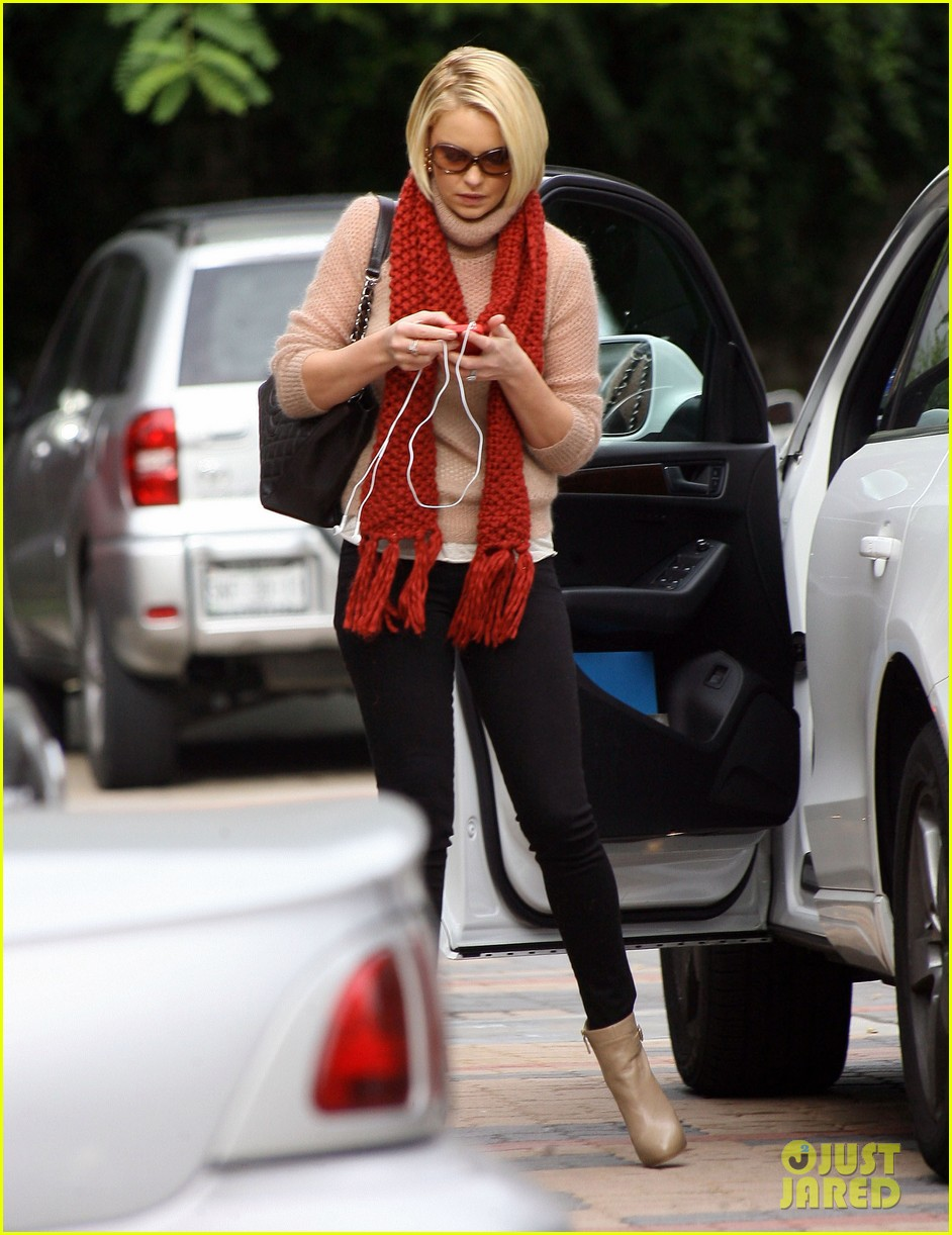 katherine heigl errands studio city 01