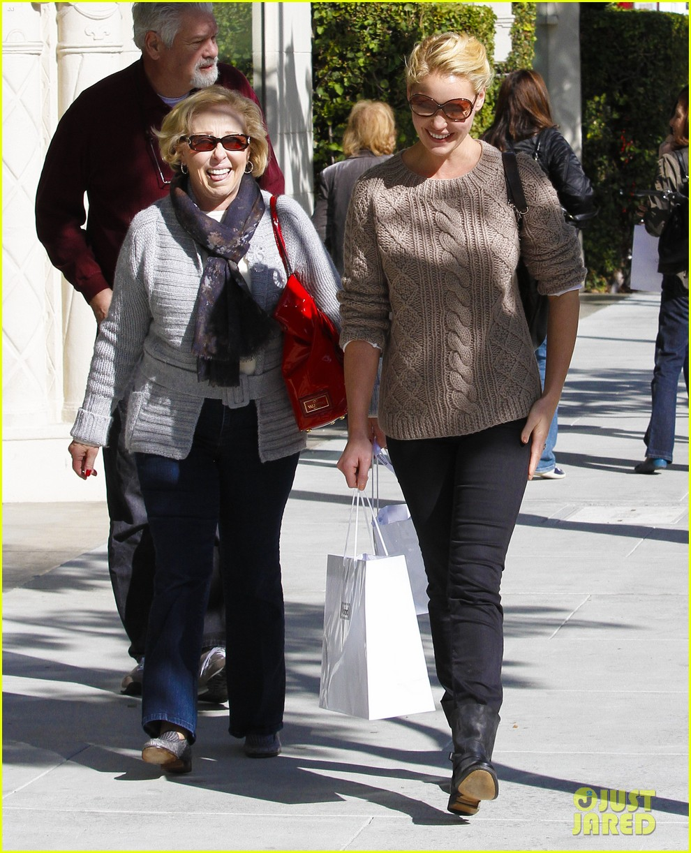 katherine heigl shopping mom dad 04