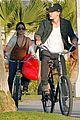 vanessa hudgens austin butler romantic stroll in venice beach 03