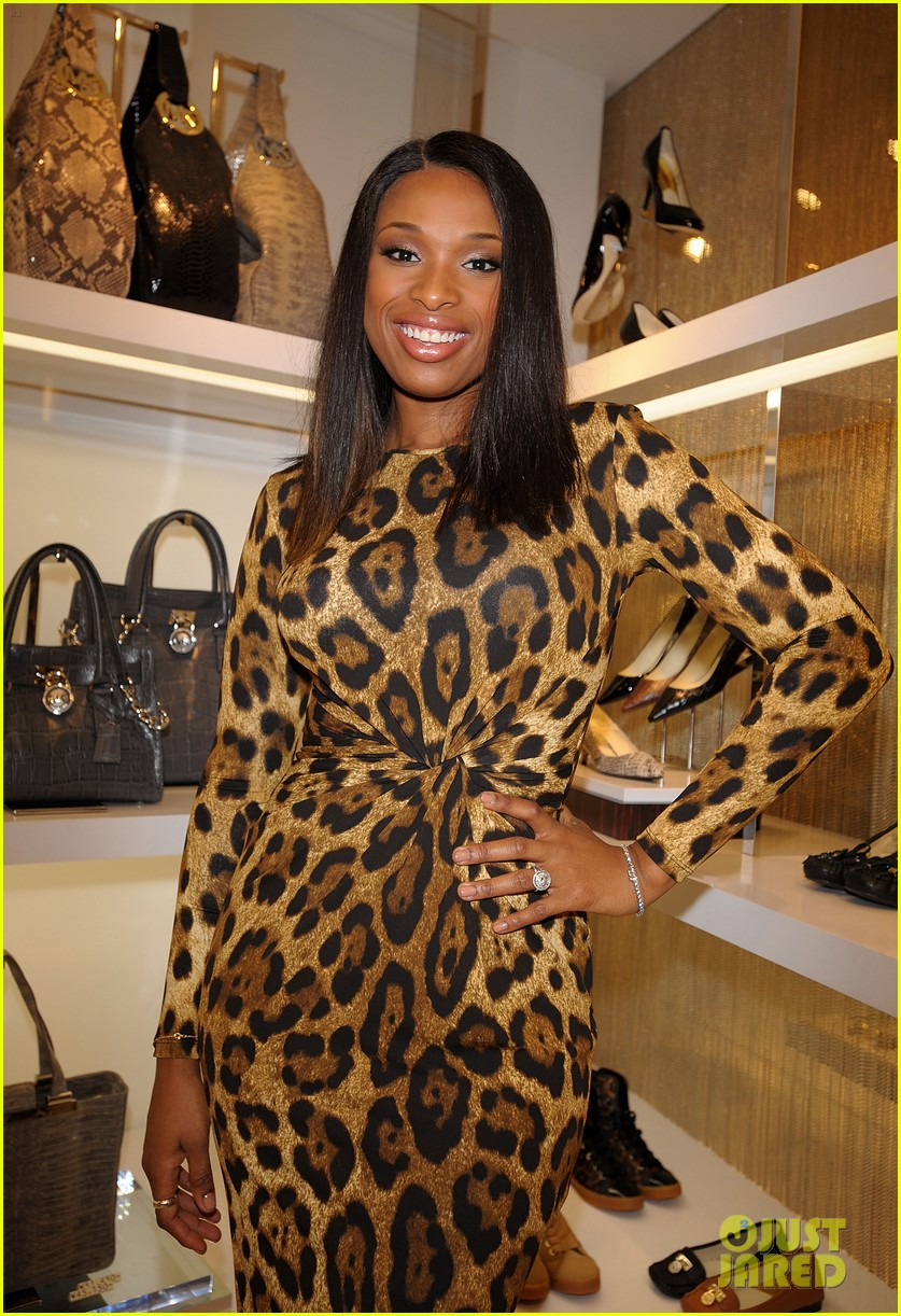 jennifer hudson michael kors fashion night out tokyo 02