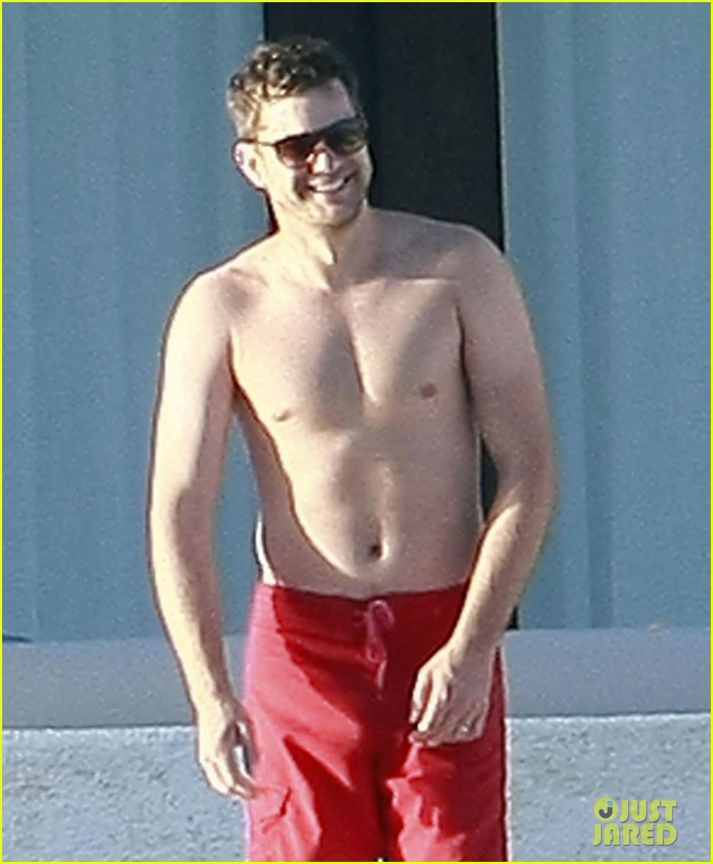 joshua jackson shirtless diane kruger bikini cabo 01