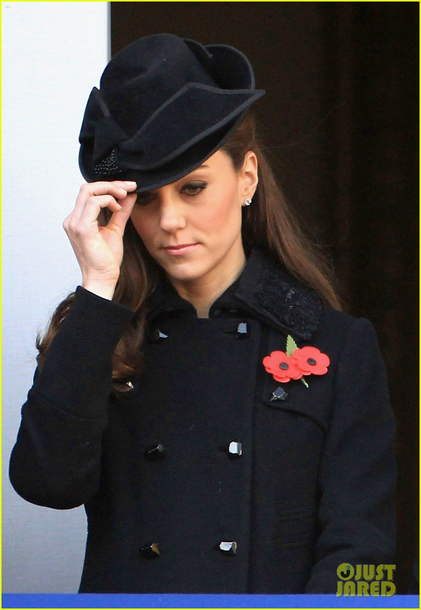 prince william duchess kate remembrance day 06