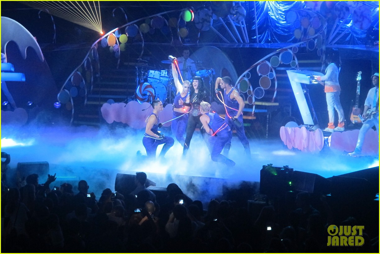 katy perry madison square garden 11