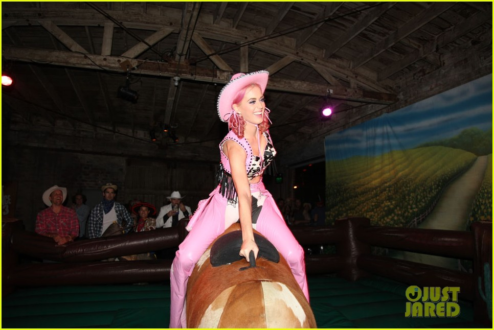 katy perry wild west ho down throwndown 292600890