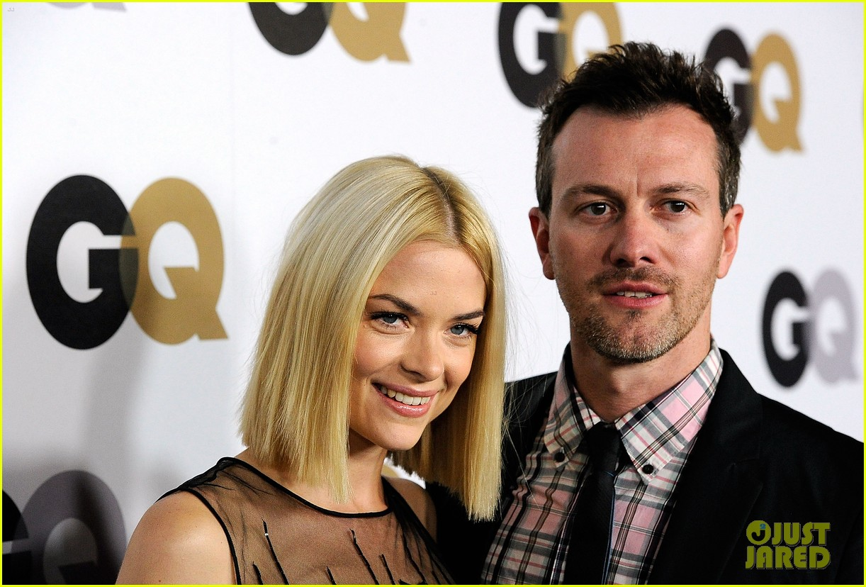 jaime king rose mcgowan gq party 02