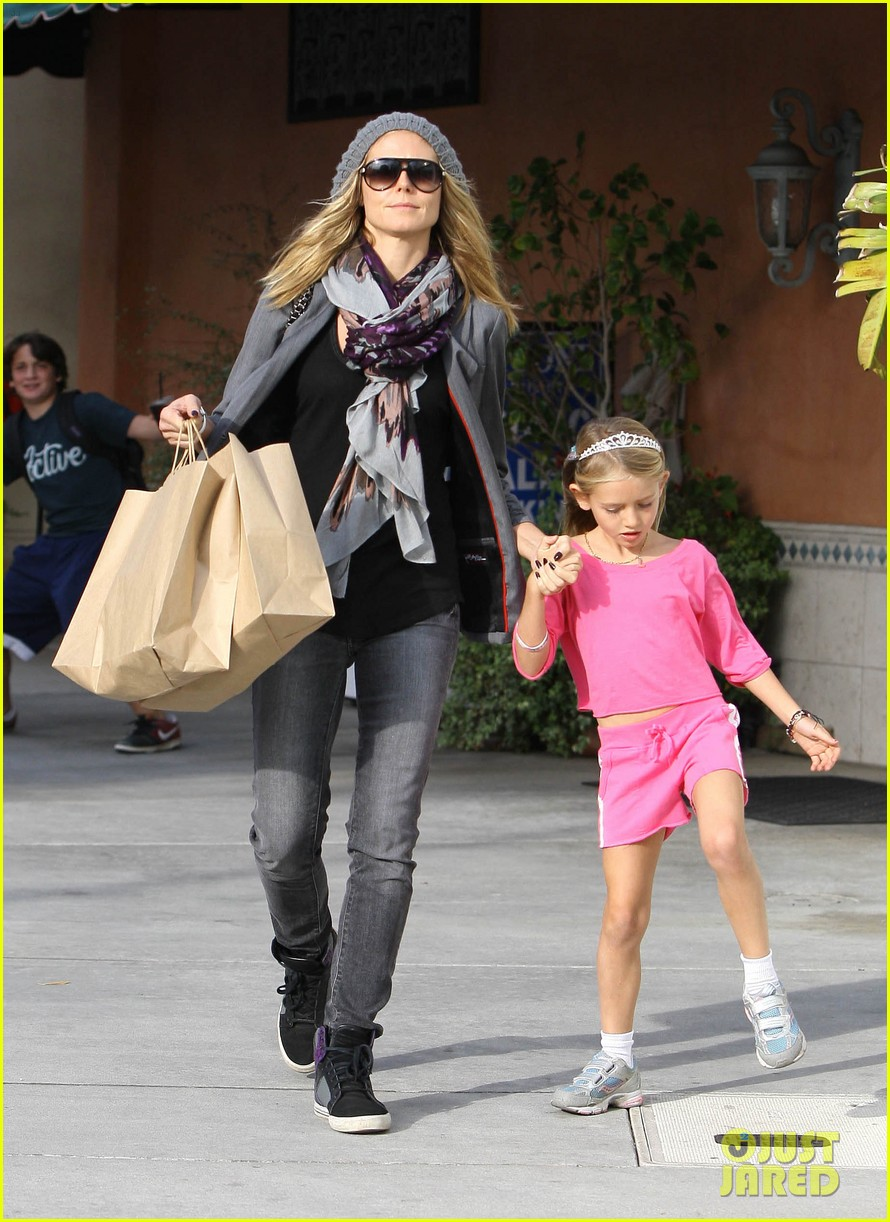 heidi klum out about leni lou 032596819