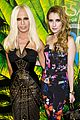 zoe kravitz emma roberts versace for hm launch party 04