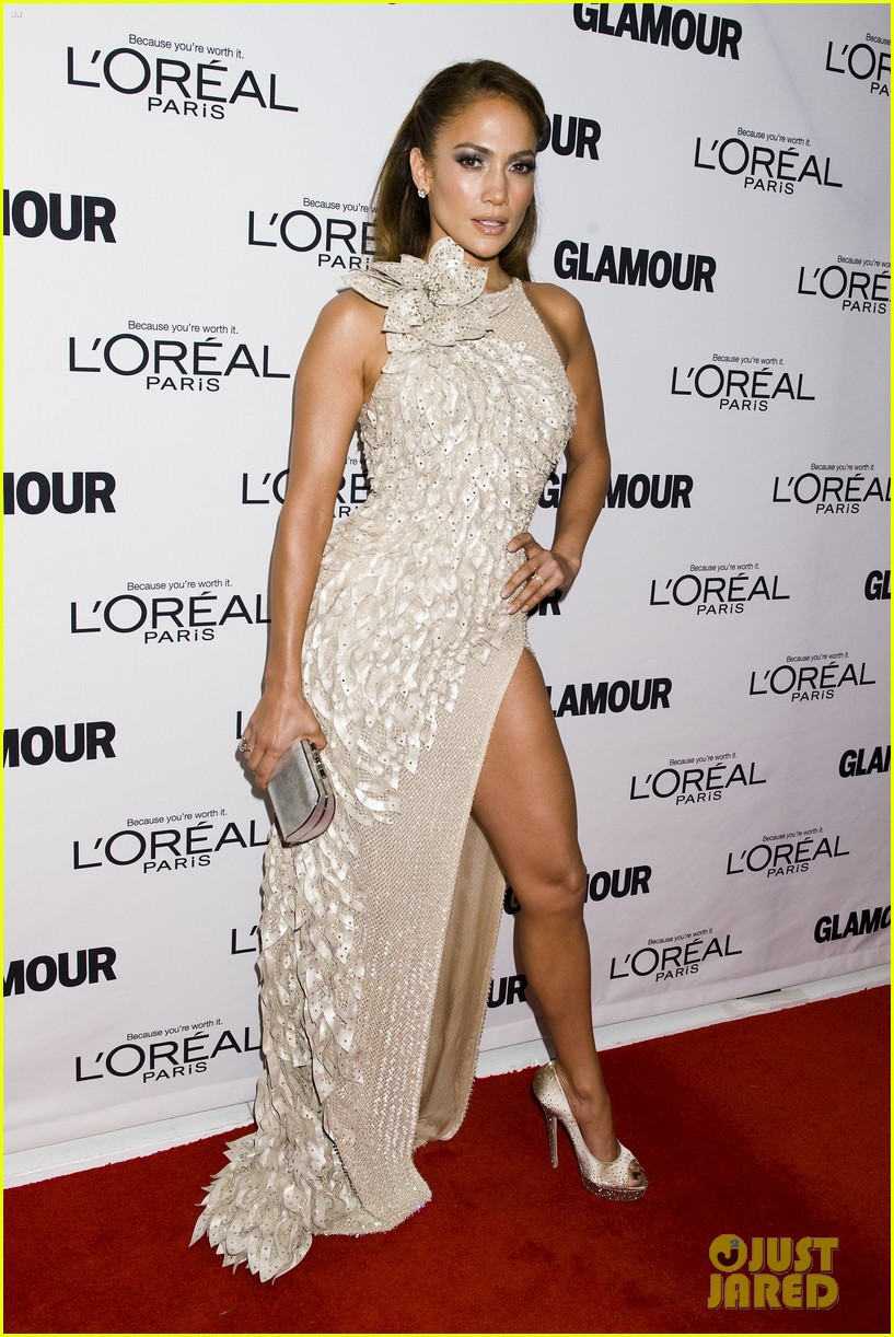 jennifer lopez glamour women awards 13
