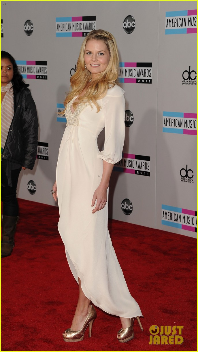 jennifer morrison american music awards 2011 01
