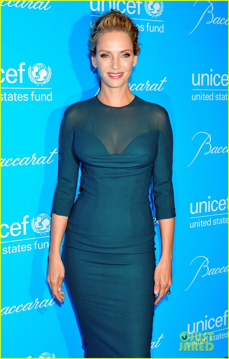 sarah jessica parker uma thurman 2011 unicef snowflake ball 16