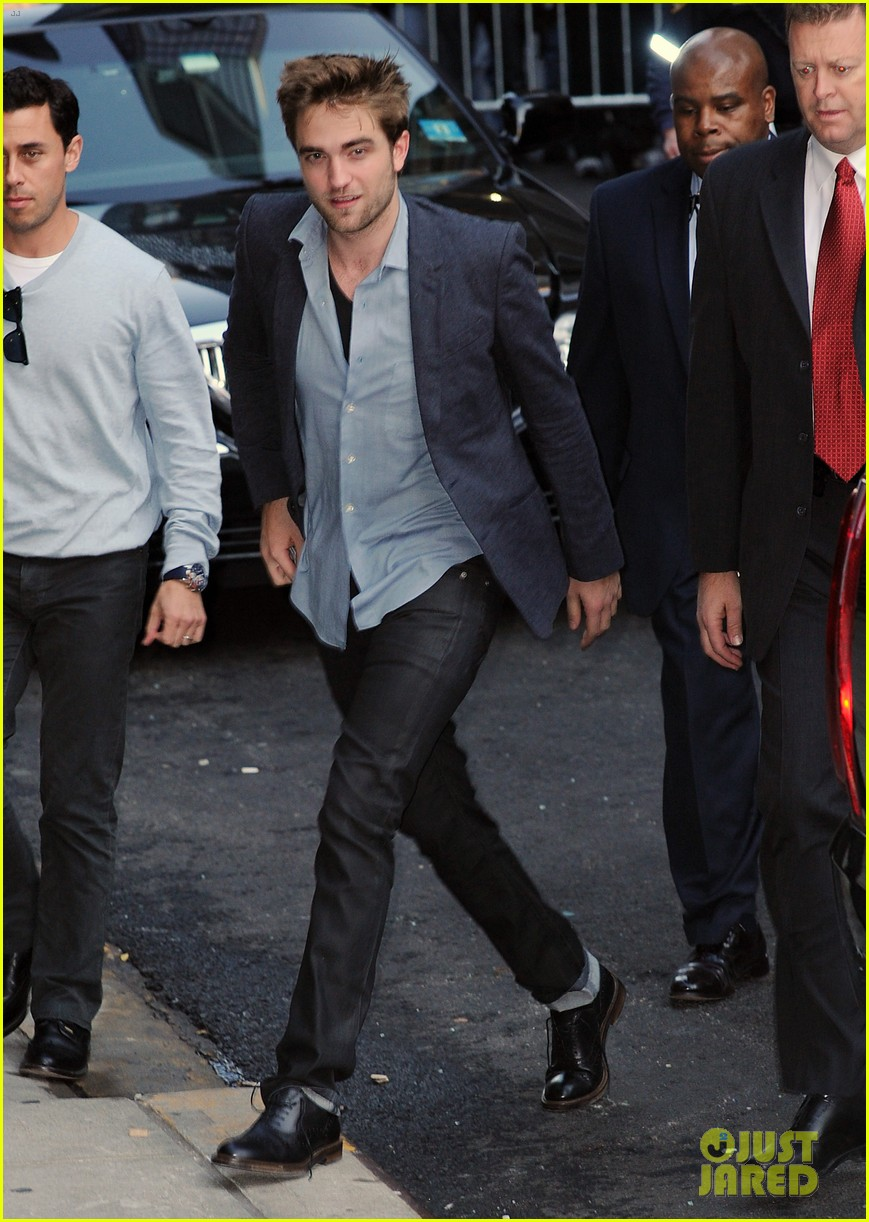 robert pattinson late show with letterman 03