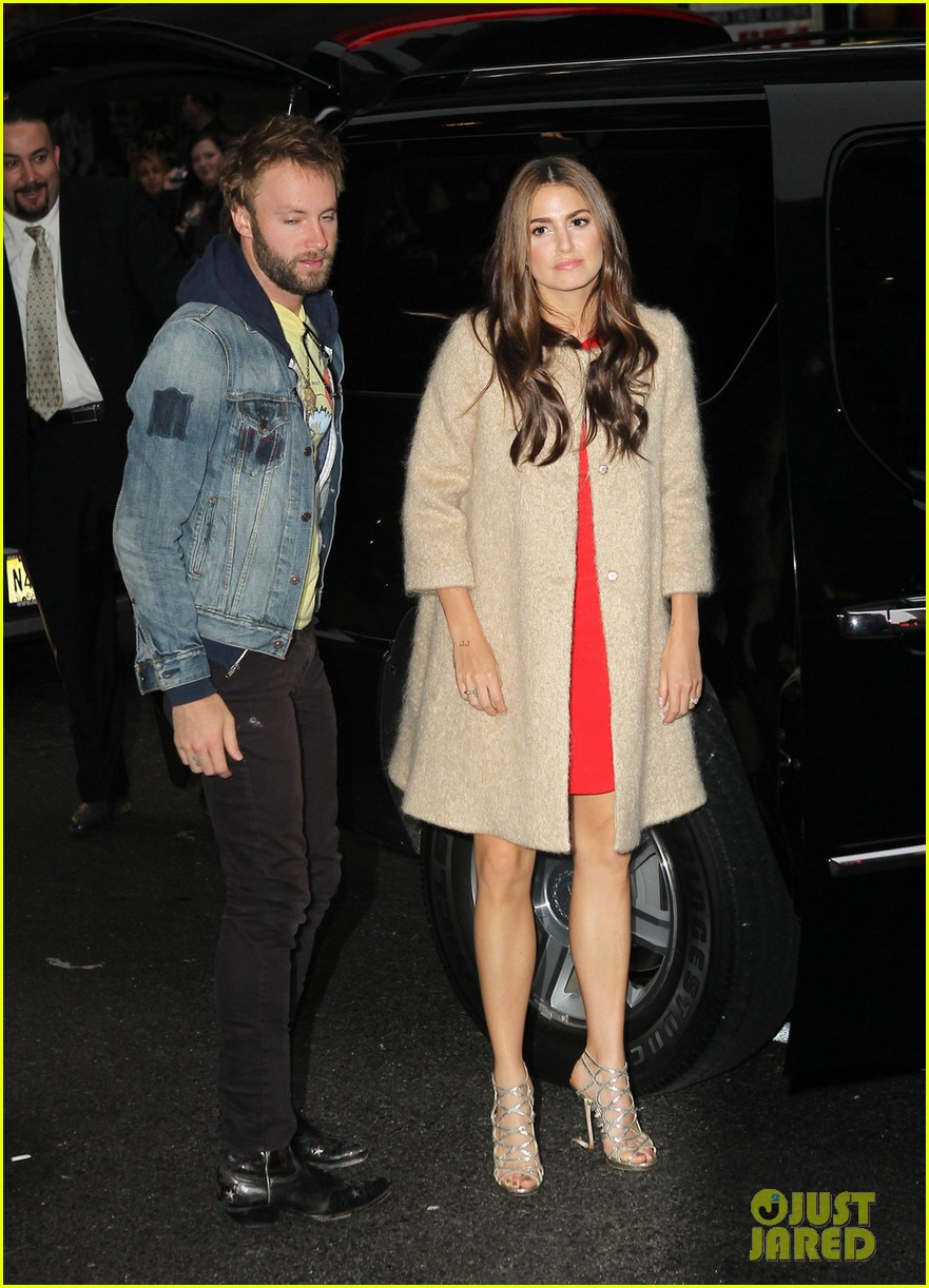 nikki reed late show with letterman visit 08
