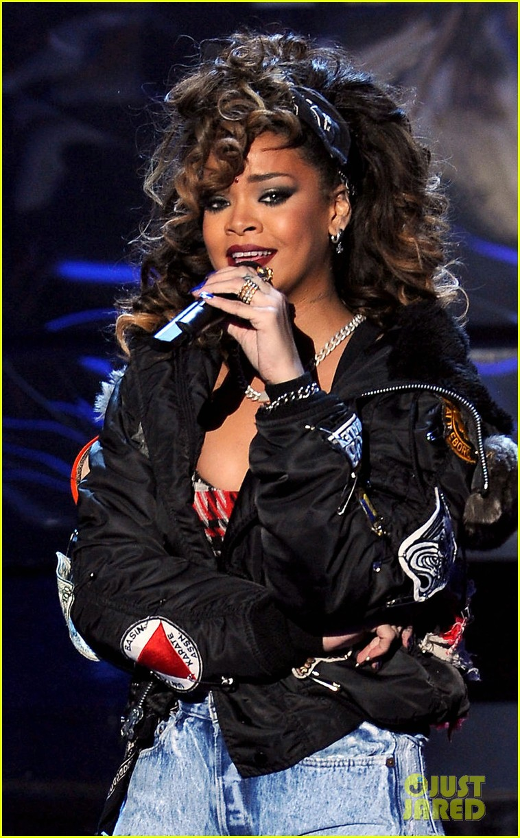 Rihanna: 'We Found Love' on 'X Factor'!: Photo 2601661 ...