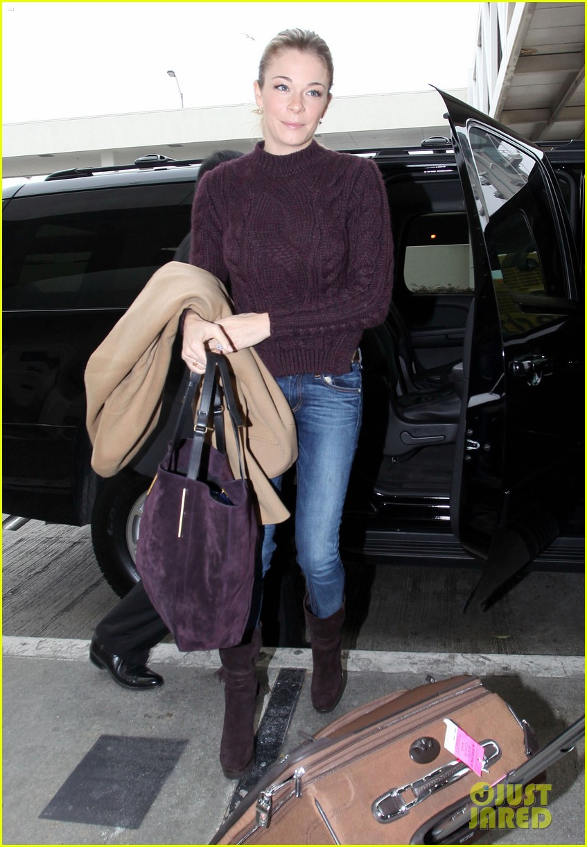 leann rimes ready for thanksgiving 05
