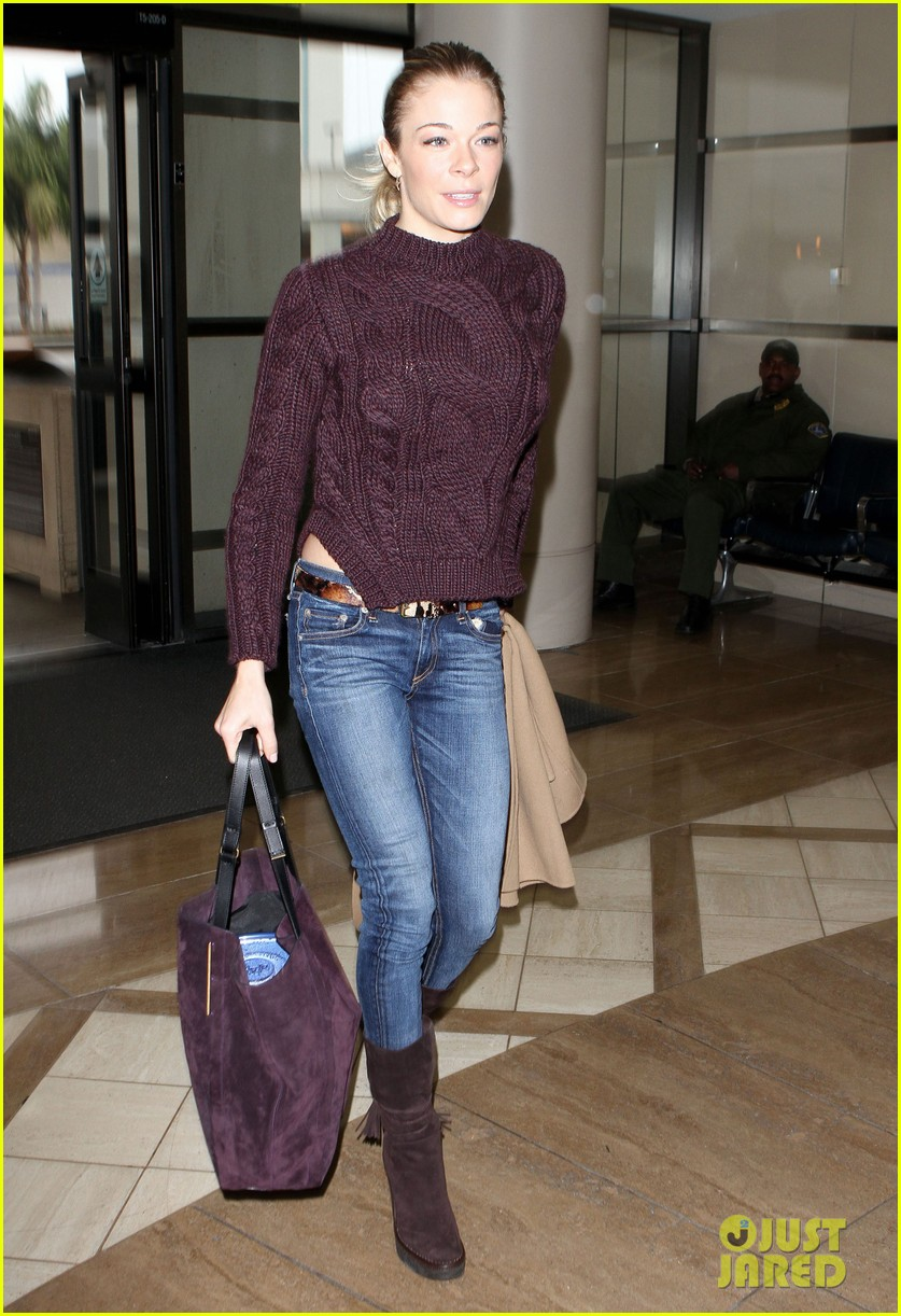 leann rimes ready for thanksgiving 06