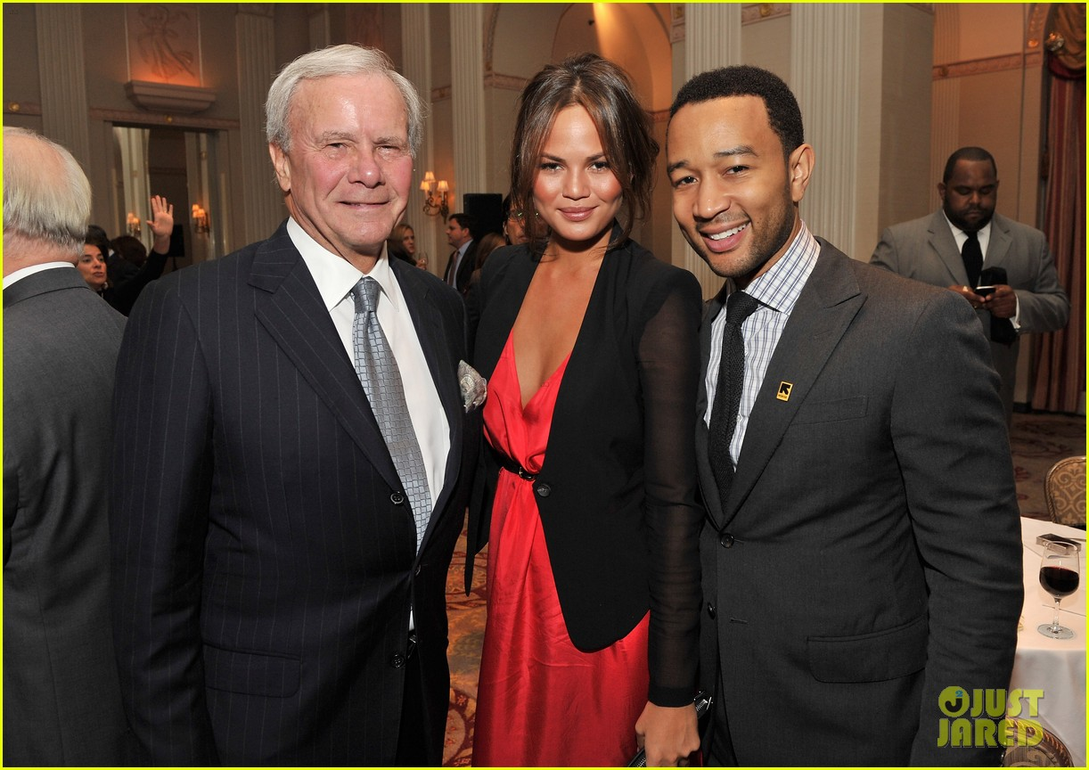 chrissy teigen john legend international rescue committee freedom award 05