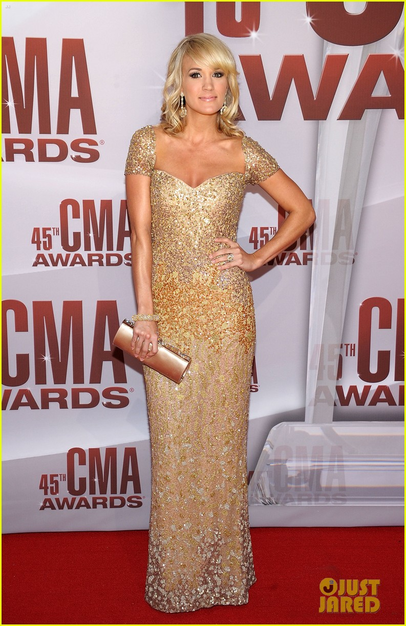 carrie underwood cma awards 2011 01