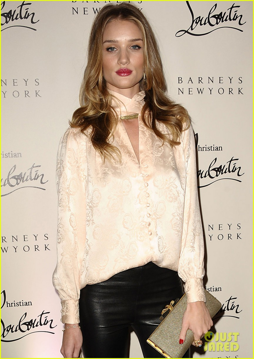 rosie huntington whiteley christian louboutin launch party 05