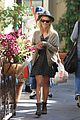 reese witherspoon shopping brentwood 01