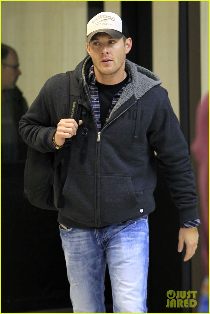 jensen ackles airport 062610914