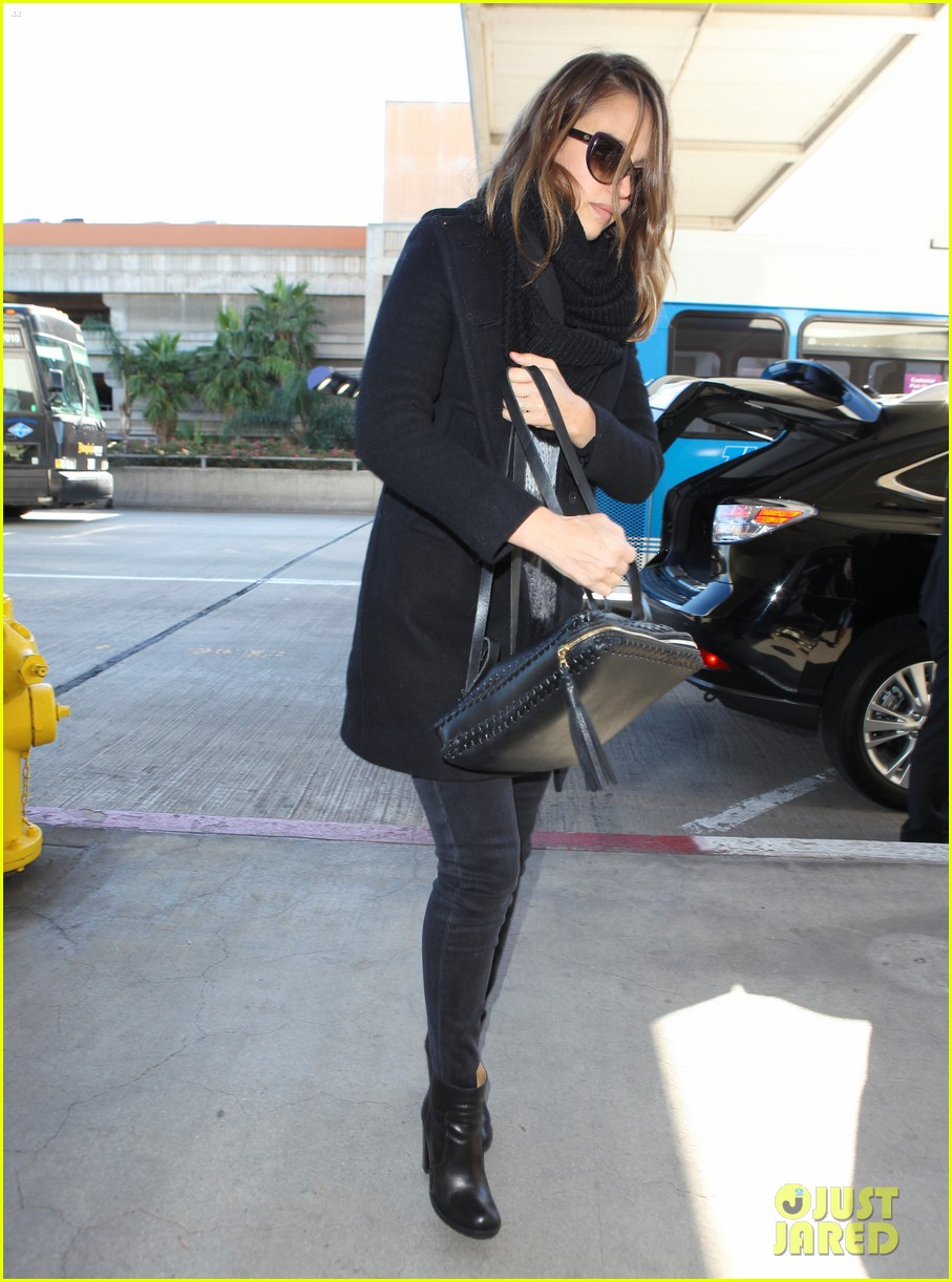 jessica alba shopping soho 08