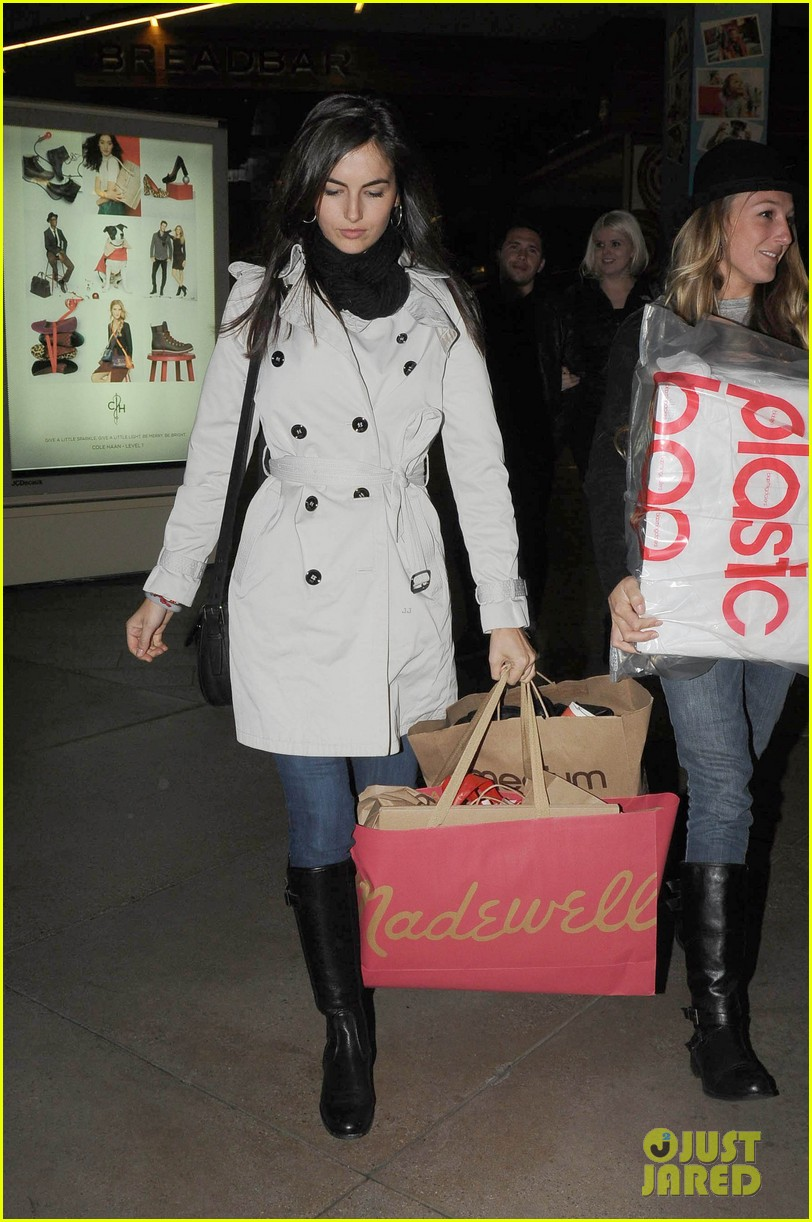 camilla belle madewell shopping 03