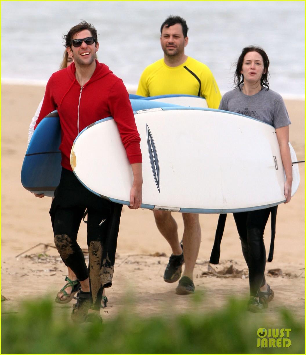 emily blunt john krasinski surf vacation 032613630