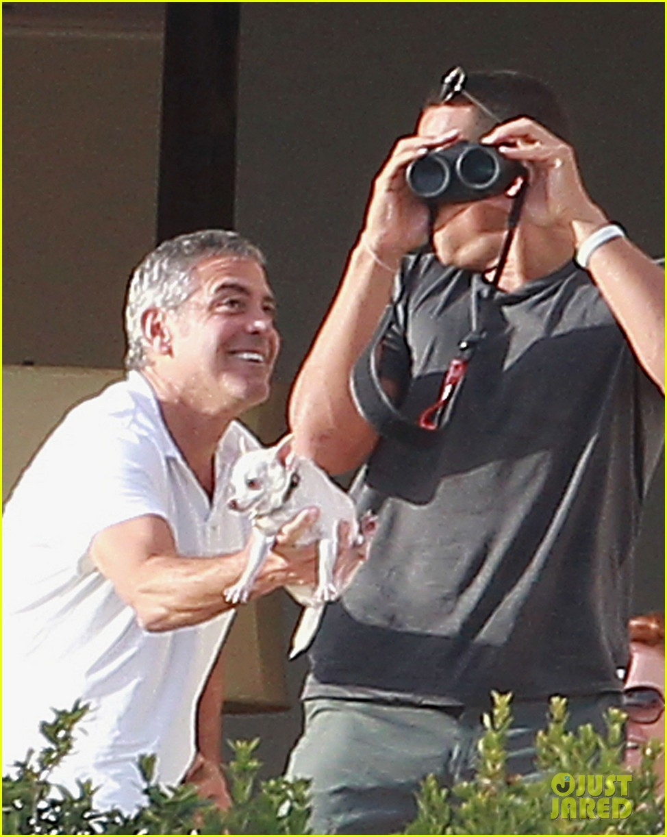 george clooney cabo stacy keibler 032613137