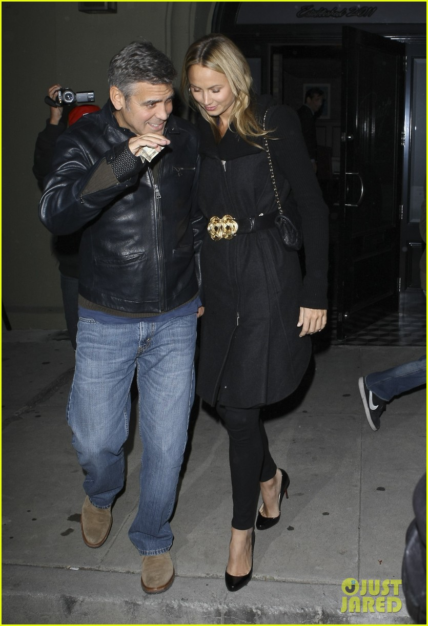 george clooney stacy keibler dinner at craigs 13