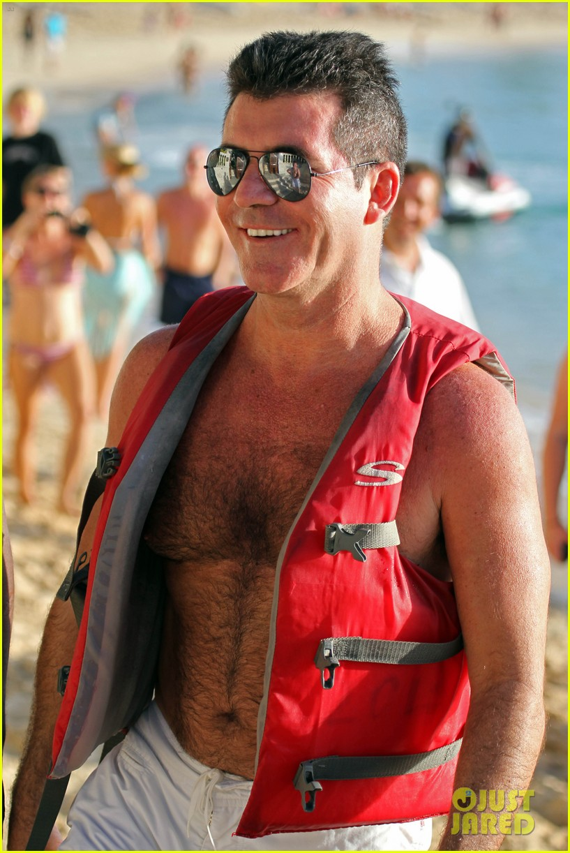 simon cowell shirtless barbados 05