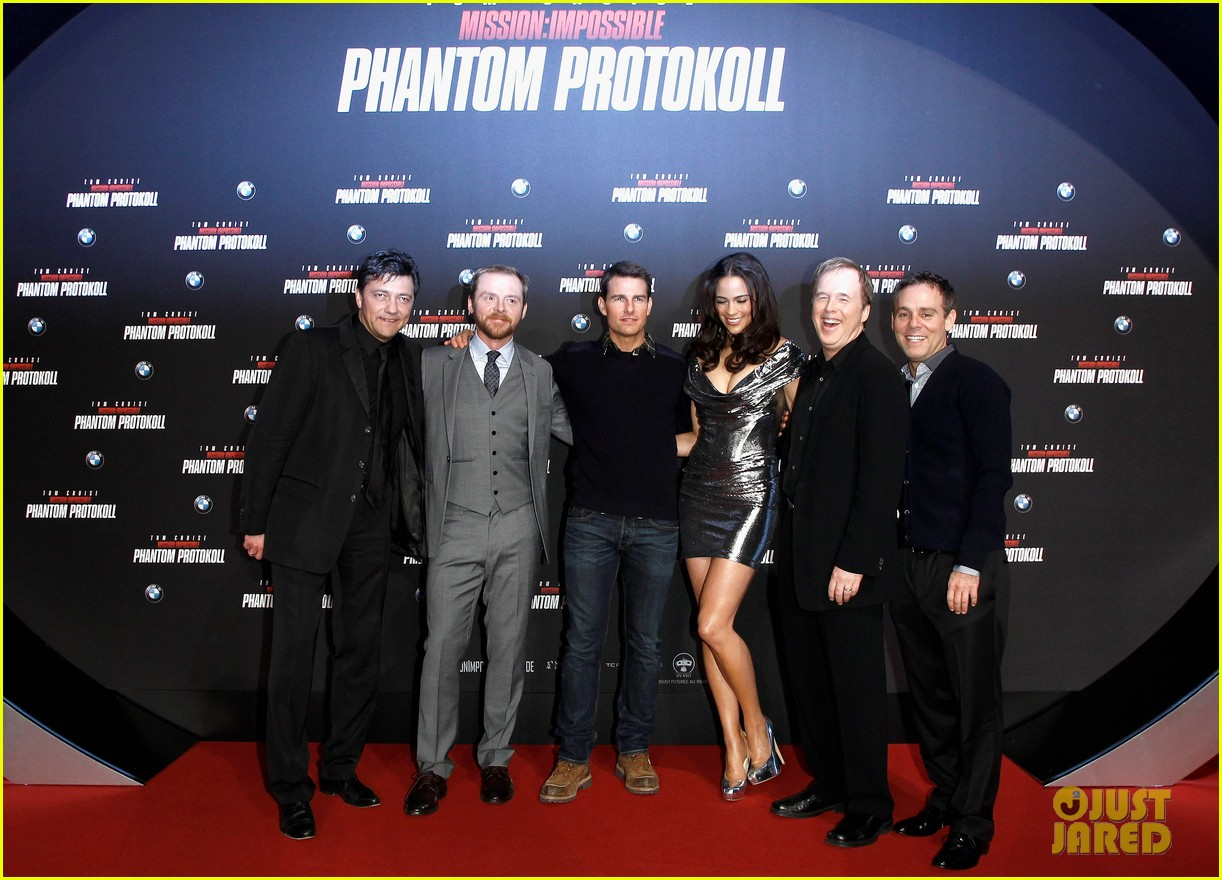 tom cruise paula patton ghost protocol munich 09