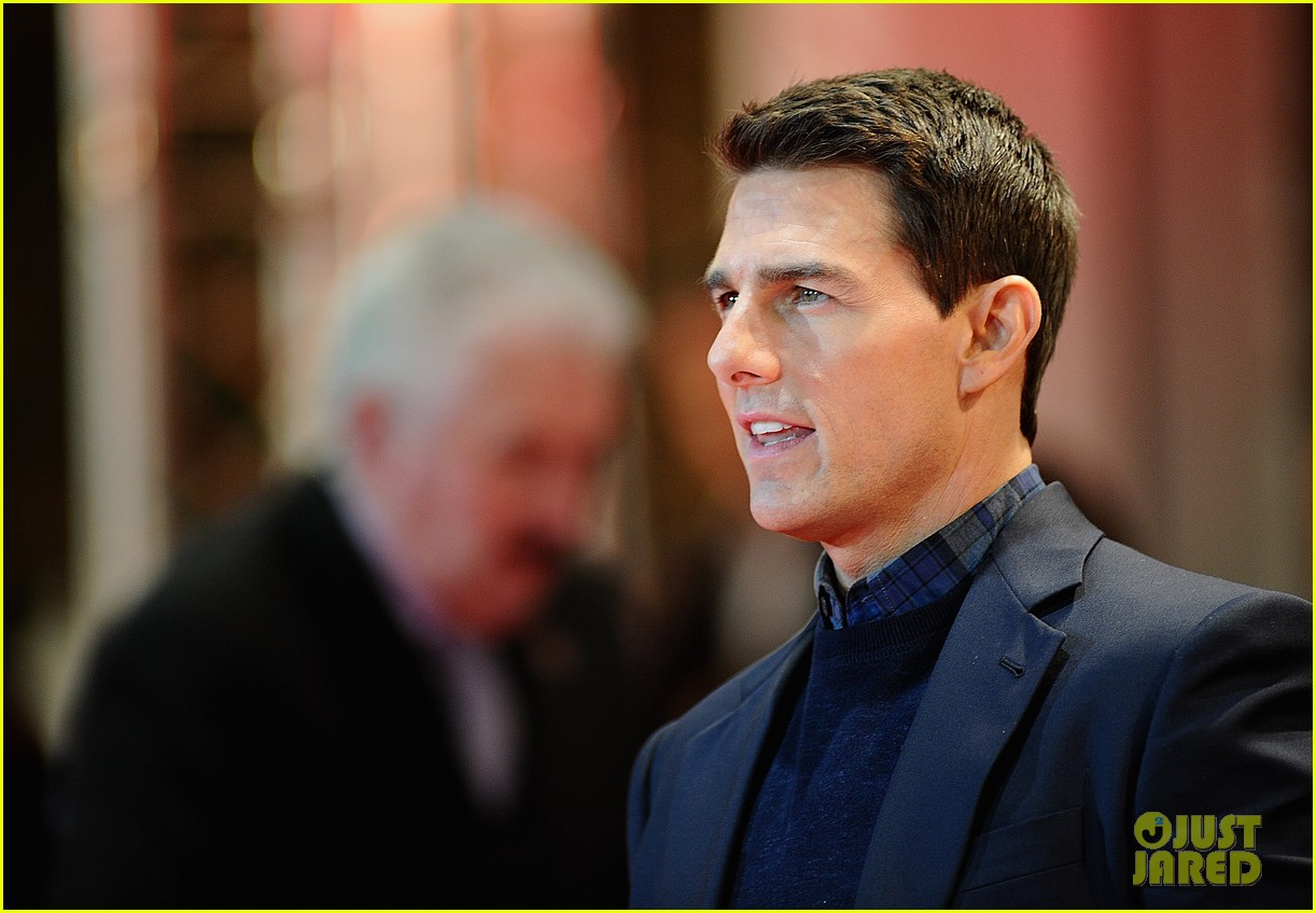 Tom Cruise: 'Ghost Protocol' UK Premiere!: Photo 2609696 ...