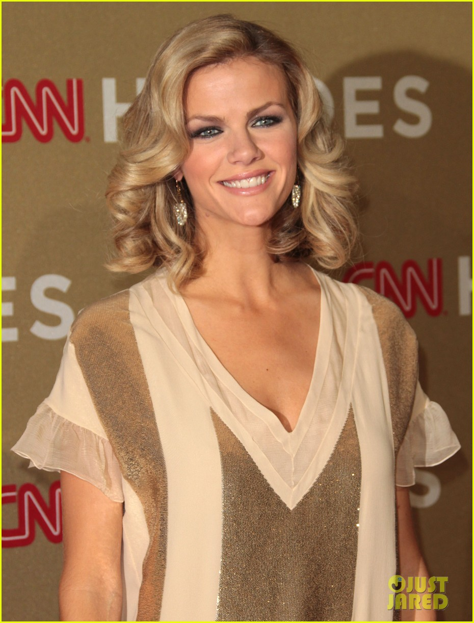 brooklyn decker sofia vergara cnn heroes 02
