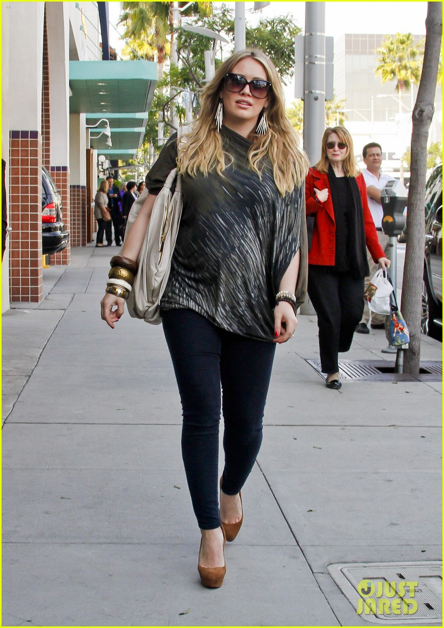 hilary duff mike comrie shopping 11