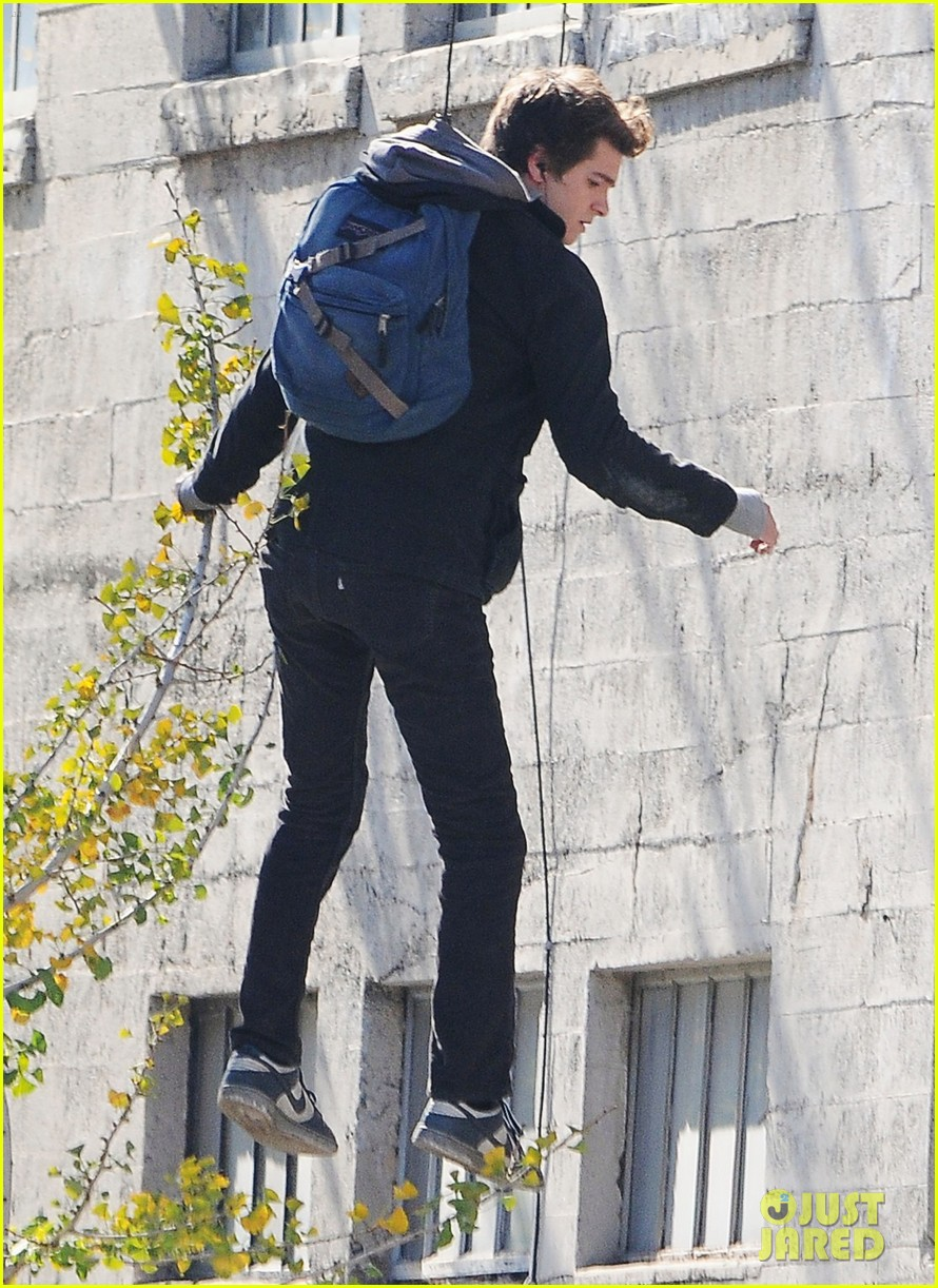 andrew garfield flying spider man 10