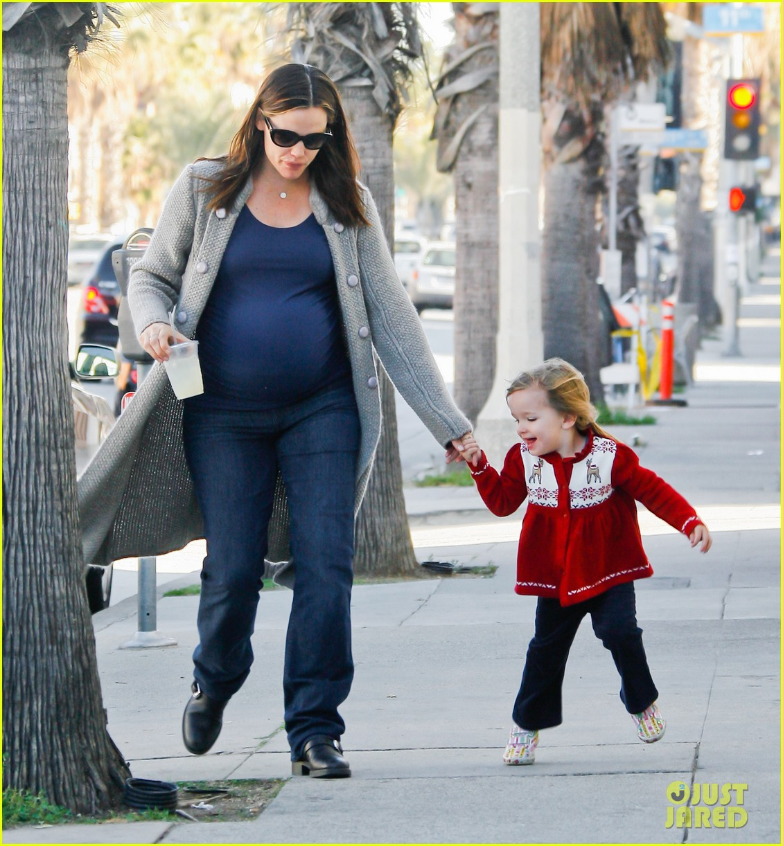 jennifer garner busy day 21