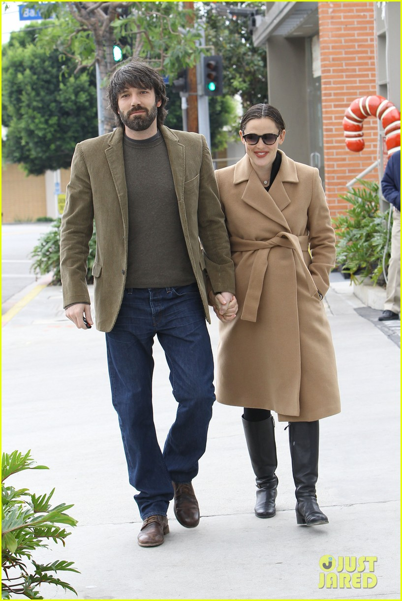 jennifer garner ben affleck toy store 08