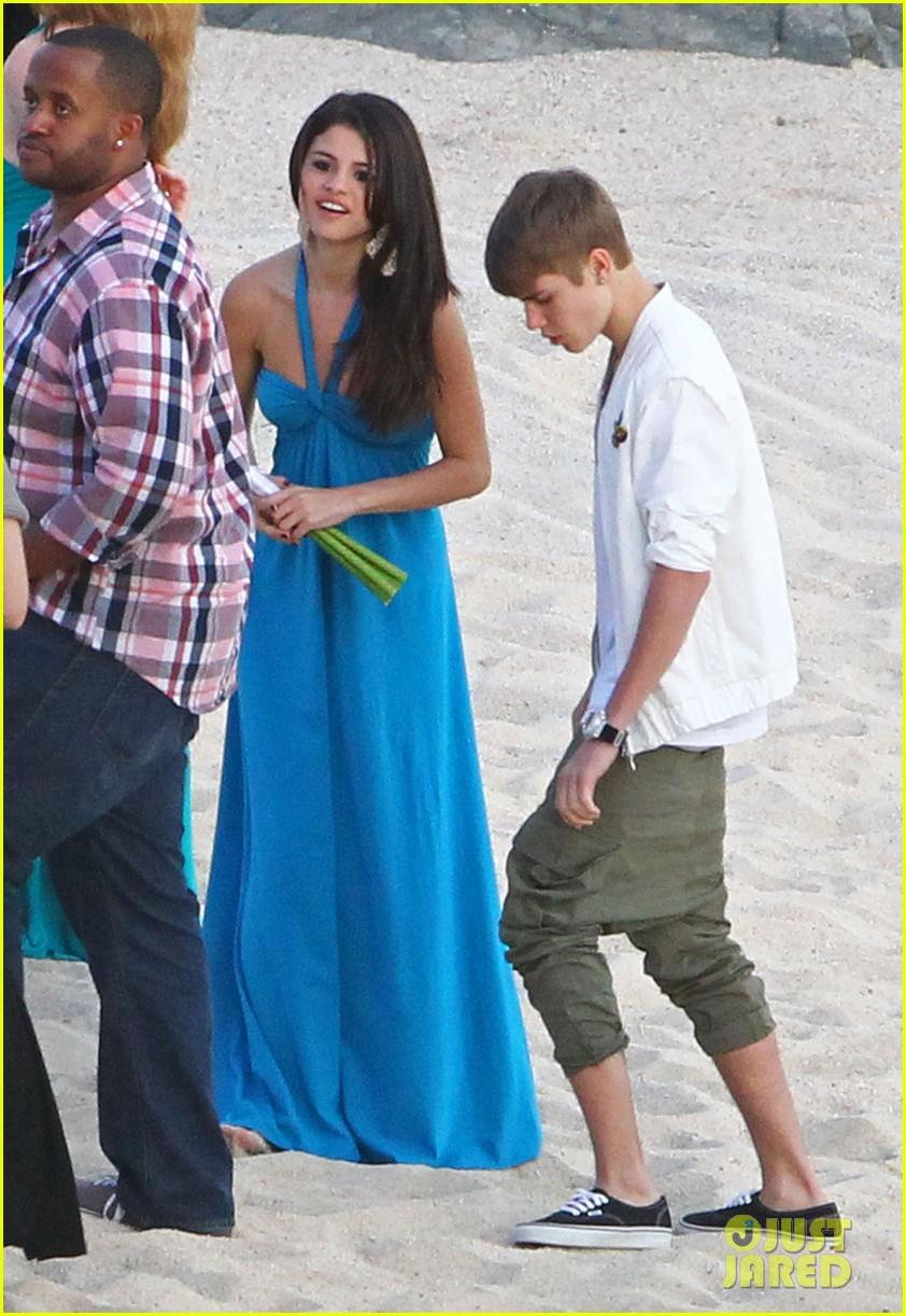 Selena gomez j.