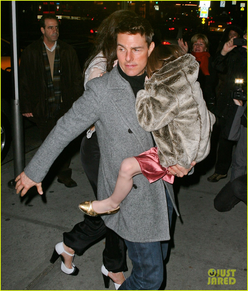 katie holmes tom cruise birthday night out 04