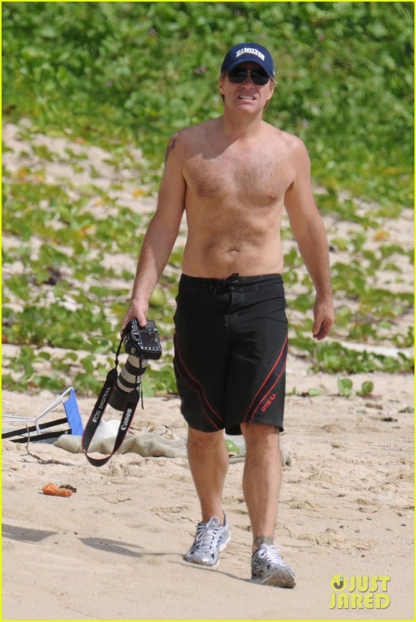 jon bon jovi shirtless 072612250