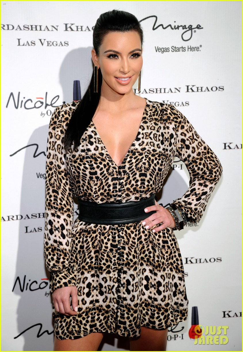 the kardashian family celebrate kardashian khaos opening 02